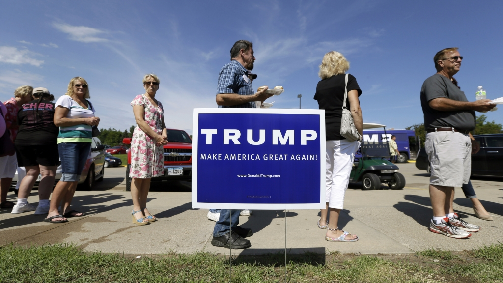 Donald Trump has staffed up in Iowa and New Hampshire but hasn't reached out to top party leaders and taken the typical campaign approach