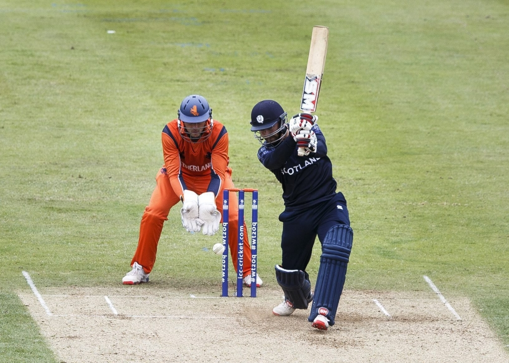Scot v Netherlands. ICC World Twenty 20 Qualifier at Grange CC Edinburgh. Captain Preston Mommsen batting for Scotland. W  C Wesley Barresi