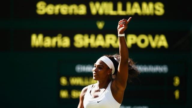 Serena Venus Williams hug after Wimbledon match