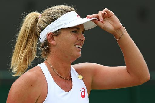 Vandeweghe sinks Safarova for Wimbledon last-eight spot
