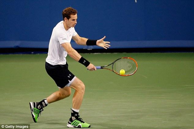 Andy Murray beat soon-to-retire hardcourt specialist Mardy Fish to reach the Cincinnati Mastersthird round
