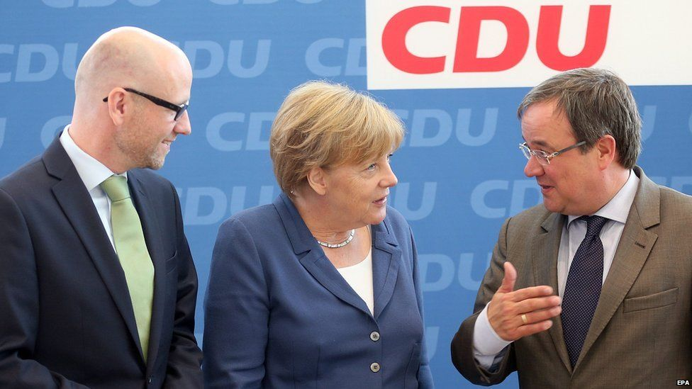 Chancellor Merkel with CDU colleagues 17 Aug 15