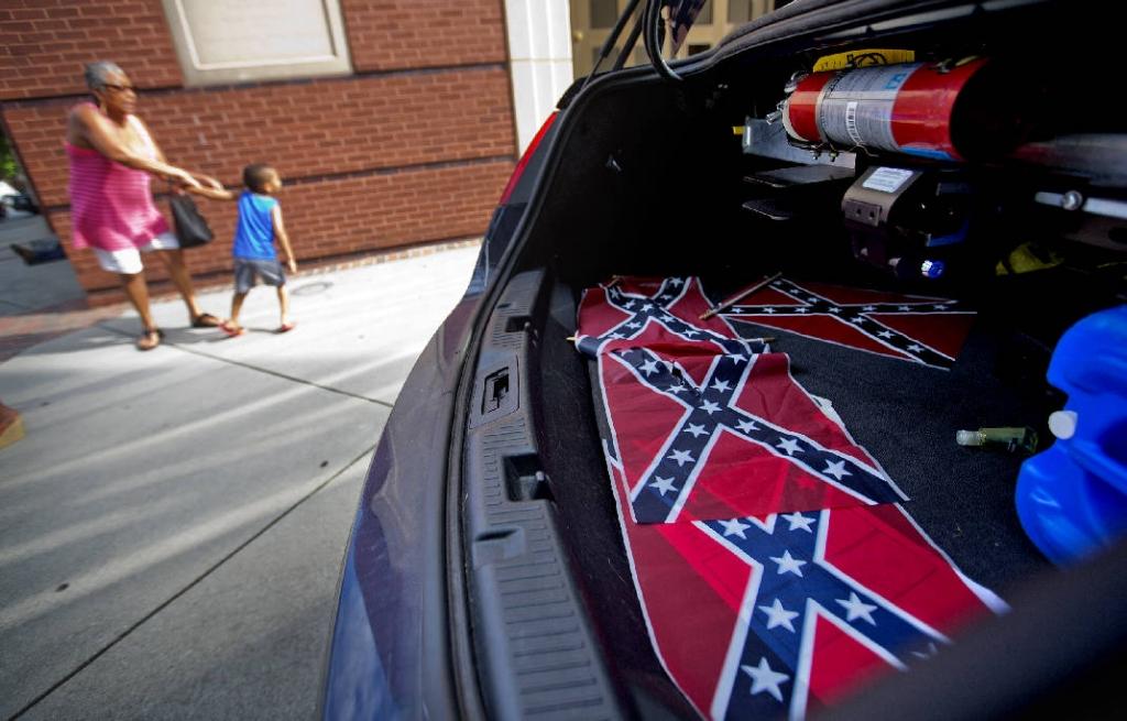 Four Confederate flags left at Ebenezer Baptist Church