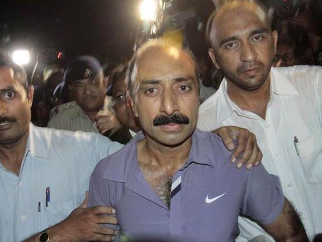 Suspended IPS officer Sanjiv Bhatt sacked by Gujarat govt