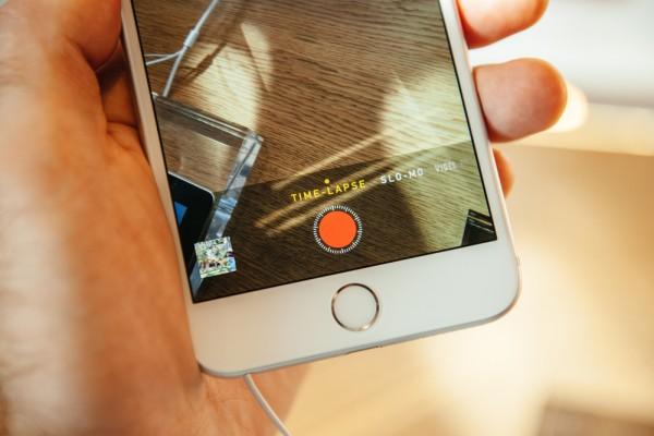IDC: China slowdown cuts smartphone forecast, cheaper iPhone 6C wouldn't help