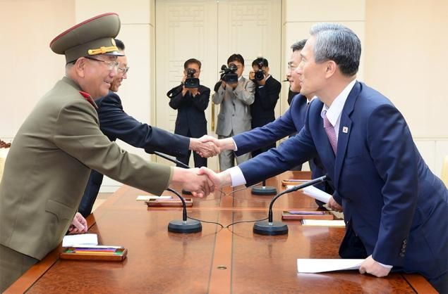 Koreas agree on diffusing tensions