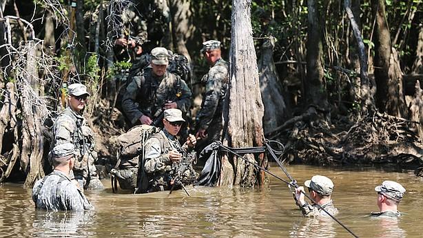 2 women pass Army Ranger School, first female graduates