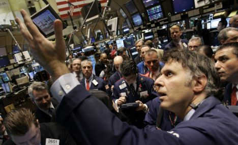 Fears over China and Greece push down US stocks for 2nd day