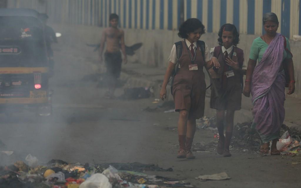pollution in mumbai essay Urban environmental evolution: the case of mumbai problems like industrial pollution and air pollution mumbai is on higher side at.