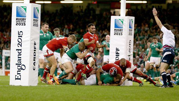 16:16   Ireland's Sean Cronin scores their fifth try