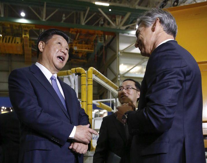 US Presses Firms to Raise China Complaints