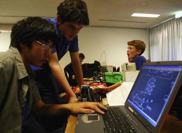 California State University Portfolium Partnered for CSU's Electronic Portfolio Networks