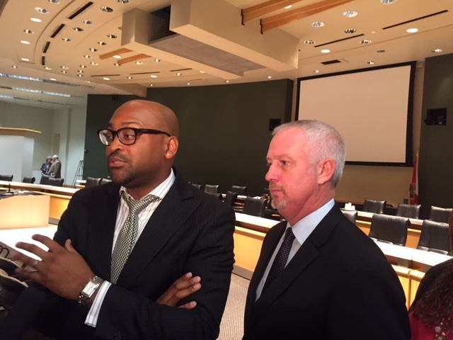 Sen. Oscar Braynon D-Miami and Sen. Jeff Clemens D Lake Worth warn that Senate redistricting plan is still flawed